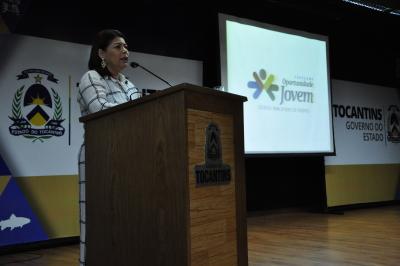 Professora Adriana Aguiar destacou a visão de futuro do Governo do Estado ao implementar o programa