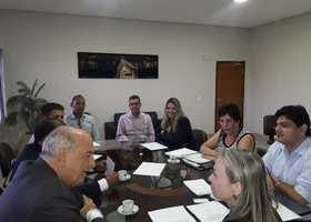 Ridoval discute a reestruturação do Polo com a secretária do município e representantes do segmento