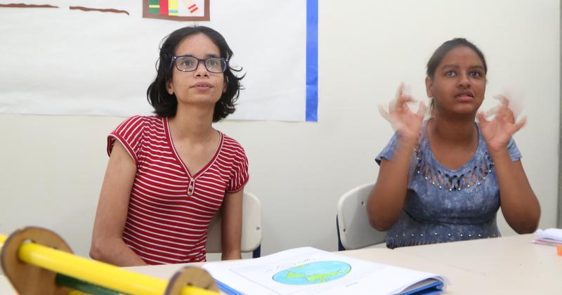 Estudantes do Tocantins são atendidos por meio da Libras e da Língua Portuguesa.JPG