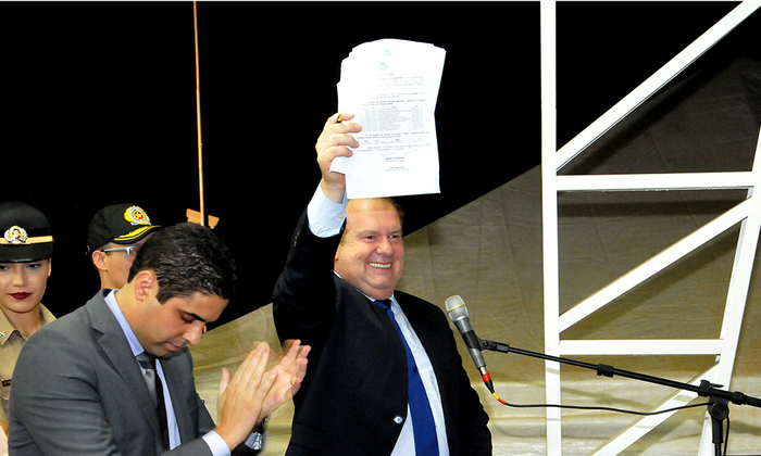 Segundo o governador Carlesse, as promoções foram concedidas dentro da legalidade e representam o resgate de um compromisso com as duas corporações
