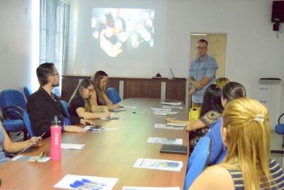 Gerente do Sine de Gurupi, Relton Oliveira, apresenta projeto Qualificação Integrada.