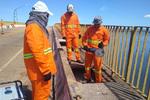 Manutenção da ponte iniciou com a remoção do concreto danificado na pista de rolamento