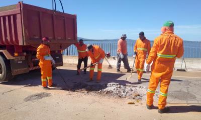 Após a limpeza interna, os caixões estão recebendo novas tampas de concreto