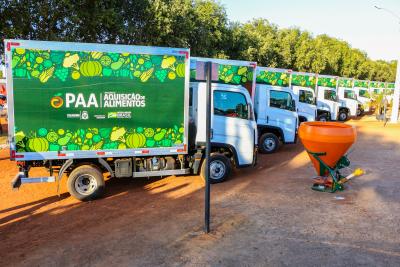 As 14 maiores cidades, com mais de 15 mil habitantes receberão, além do kit com equipamentos, um caminhão frigorífico