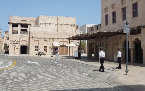 Em Dubai, tradição e modernidade atraem turistas internacionais
