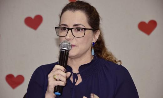 """A diretora geral do Hospital e Maternidade Dona Regina, Débora Petry, reforçou a inovação dessa edição. """"Esse evento traz um foco diferente, focando na produção e compartilhamento científico"""