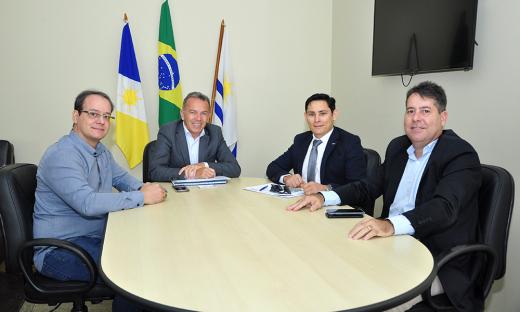 Secretário recebe Conselheiros do CRA e CFA, na Secad, em Palmas