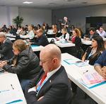Gestores discutem políticas de gestão da educação