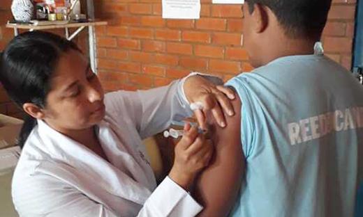Ação da Campanha Nacional de Vacinação aconteceu na Cadeia Pública de Arapoema