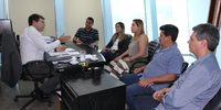 Secretário Renato Assunção recebe visita da deputada Luana Ribeiro e prefeitos (3).JPG