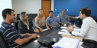 Secretário Renato Assunção recebe visita da deputada Luana Ribeiro e prefeitos.JPG