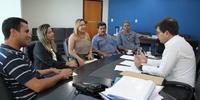 Secretário Renato Assunção recebe visita da deputada Luana Ribeiro e prefeitos (2).JPG