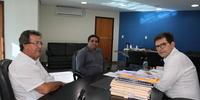 Visita do deputado Vilmar de Oliveira (3).JPG