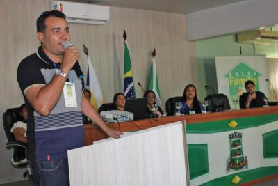 Joaquim Paz, coordenador do Programa Bolsa Família em Araguatins, fala da satisfação de poder sediar discussões tão importantes