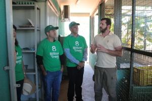 Representantes da ONG americana conheceram o Cefau, quando receberam explicações sobre o funcionamento do Centro