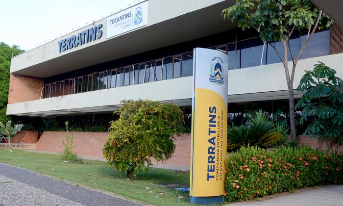 Regularização fundiária atende 800 famílias no interior do Estado