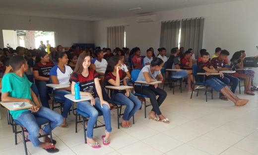 Alunos do Colégio Estadual de São Félix do Tocantins