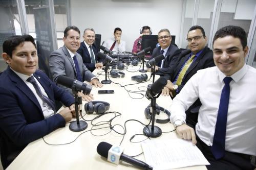 debate na rádio ADM