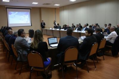 Reunião também articula estratégias de segurança para evitar tragédias no sistema prisional brasileiro