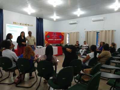 Professores e coordenadores pedagógicos participaram da formação em Dianópolis