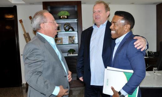 Governador Mauro Carlesse ressaltou que o Estado está de portas abertas para receber novos empresários que queiram se instalar no Tocantins