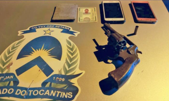 Revólver e celulares apreendidos em Palmas