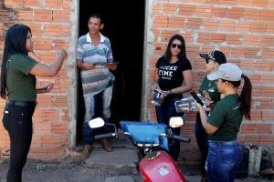 Foto 01 Técnicos lançam informações sobre as visitas no aplicativo desenvolvido pelo CEMAF.jpeg