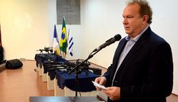 O governador do Estado do Tocantins, Mauro Carlesse, participou nasegunda, 10, da entrega de novos armamentos, munições e equipamentos para a Polícia Militar