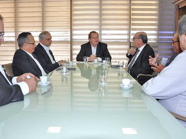 Na ocasião o Governador Mauro Carlesse manifestou a intenção de formalizar uma parceria para apoio a um novo programa social nos moldes dos Pioneiros Mirins