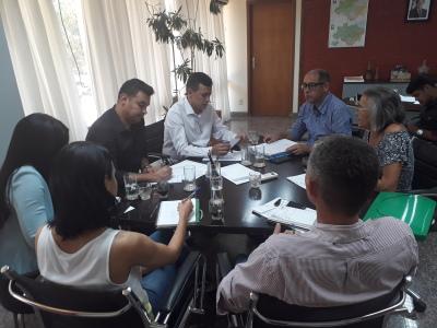 Os representantes do município convidaram o secretário Renato Jayme para participar do evento