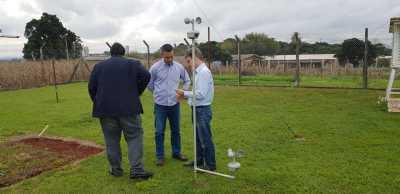 Pesquisador mostra a tecnologia para técnicos do Tocantins