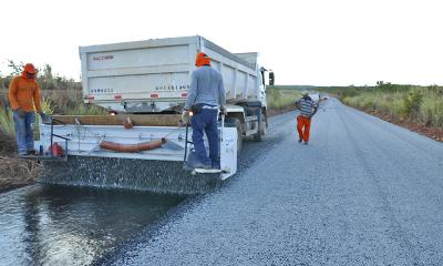 Na região sudeste a reconstrução do asfalto novo está bem adiantada na rodovia TO-040 e na TO-110