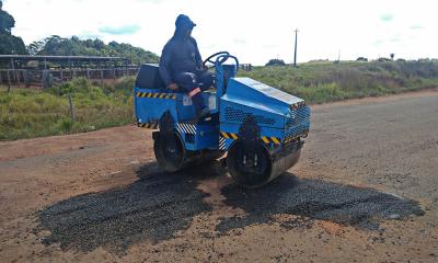 Força-tarefa executa manutenção via operação tapa-buracos na rodovia TO-164
