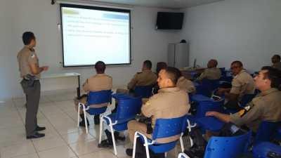 A instrução capacitará os policiais da unidade.j