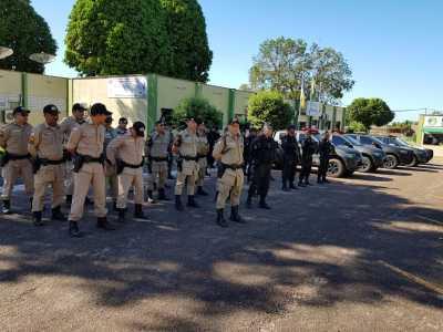 Policiais Militares são orientados sobre a operação Cidade Blindada que está sendo realizada na região centro-norte do Estado