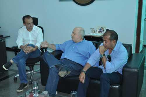 Secretário com o prefeito Joaquim Maia discute ações eficazes para trazer investidores para Porto Nacional