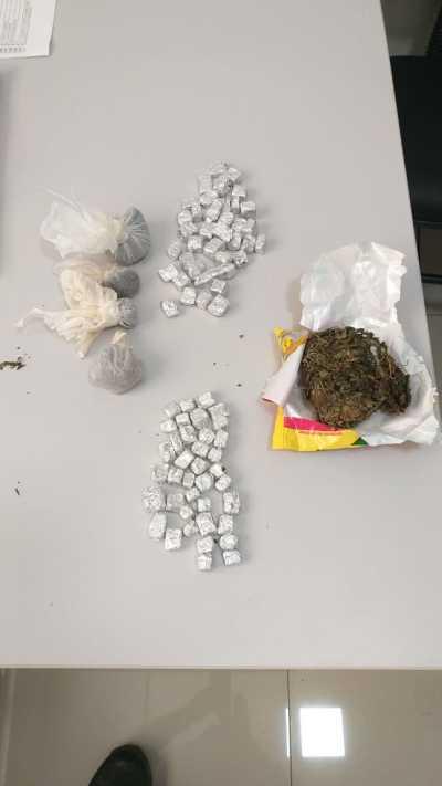 Dezenas de porções de drogas apreendidas pela Polícia Civil em Povoado de Goiatins