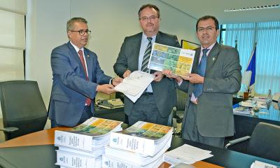 Entrega do Relatório das Contas Consolidadas do governador foi entregue ao TCE