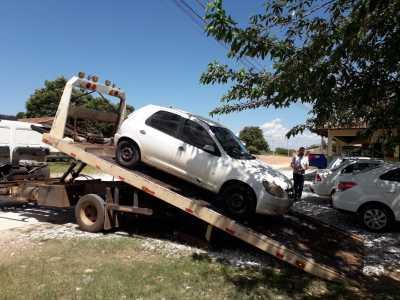 Apreensão de carro clandestino em Xambioá