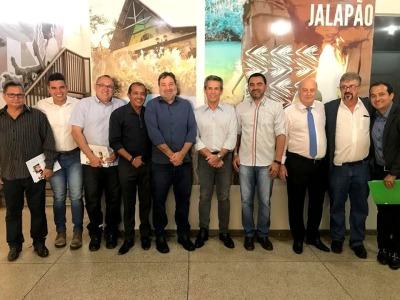 Vice-Governador e os secretários Ridoval Chiareloto e César Halum, com o empresário goiano José Garrote