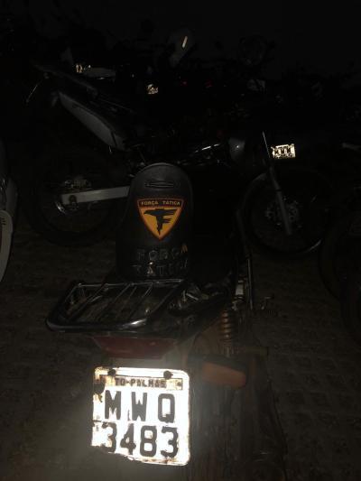 Segunda motocicleta recuperada pela PM nas ações_400.jpg