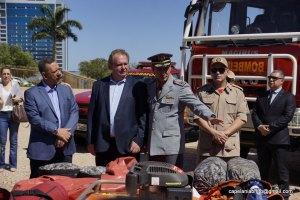 Governador Mauro Carlesse e Coronel Leandro na entrega dos veículos e equipamentos