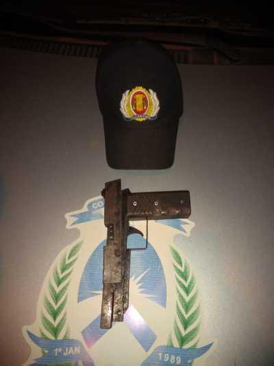 Foto 02 - Arma de fogo apreendida em Palmas, após abordagem_400.jpg