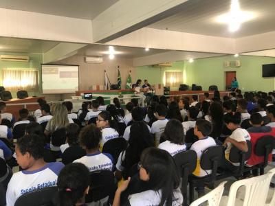 Cerca de 150 alunos participaram das atividades realizadas na Câmara Municipal