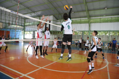 No voleibol masculino, o primeiro lugar foi para a equipe do IFTO de Palmas