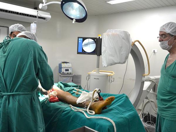 A descentralização dos atendimentos de Saúde no Estado colaboram para a realização de ações como o mutirão de cirurgias ortopédicas no HGP