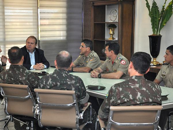 Mauro Carlesse agradeceu a visita, disse que o Governo do Estado está à disposição e o convidou a conhecer as belezas do Tocantins