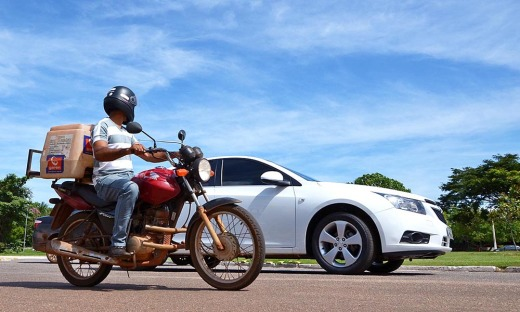 Conforme a Lei, o fornecimento de veículo reserva só pode ser realizado se o automóvel estiver dentro do prazo de garantia