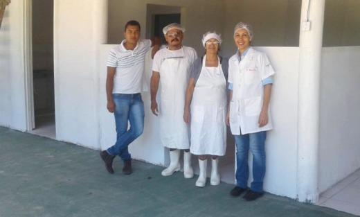 Equipe da Seagro realiza a vistoria na agroindústria