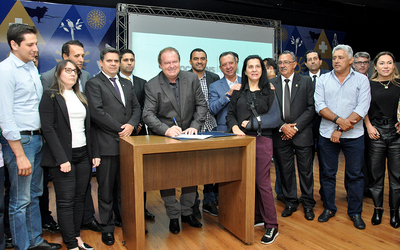 Decreto de cooperação técnica com os municípios de número 5.893, assinado pelo governador Mauro Carlesse está publicado no Diário Oficial desta segunda-feira, 26